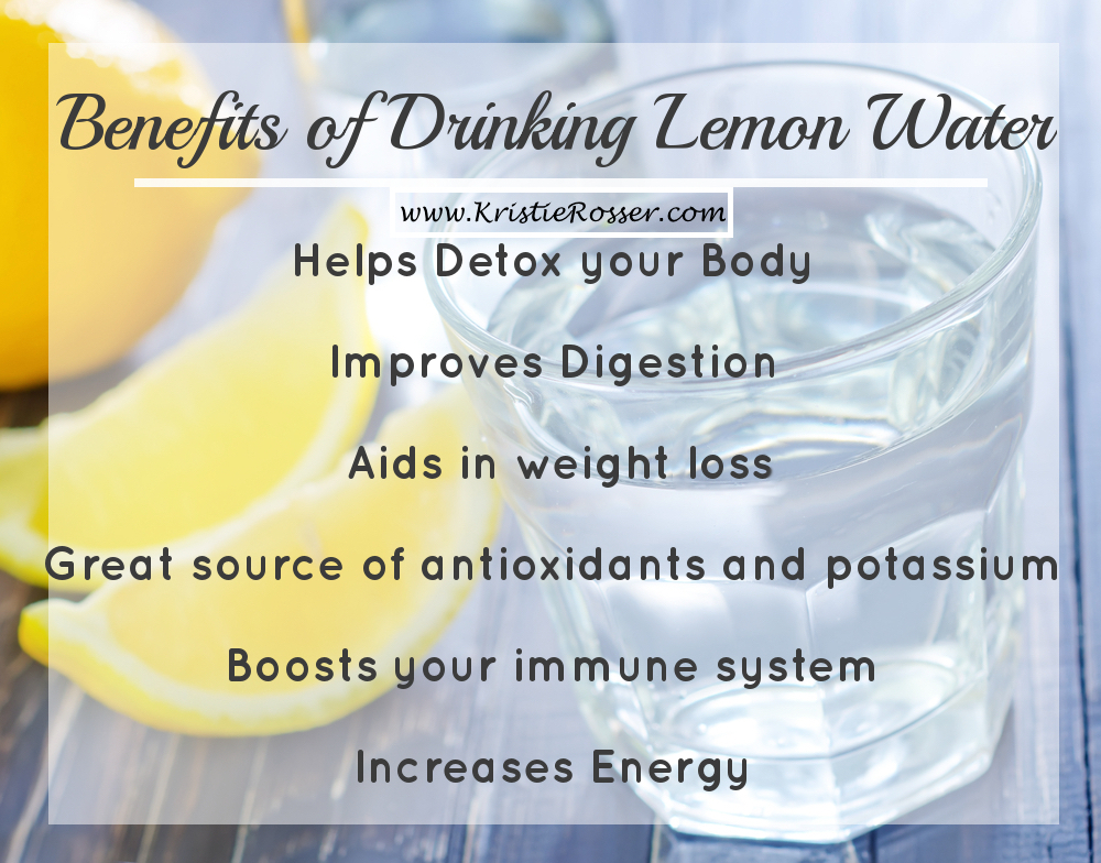 the many benefits of water Other benefits attributed to the long-term consumption of lemon water include improved mood and energy levels, fresher breath, balanced ph levels and superior hydration lemon water is also high in a soluble dietary fiber called pectin, which can help tackle hunger cravings and contribute to weight loss.